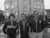 Pedro con sus amigos del alma Adolfo Miera y Paulino; amistad que han mantenido hasta nuestros días. La foto se corresponde con los primeros años de la década de los 70, del siglo pasado.